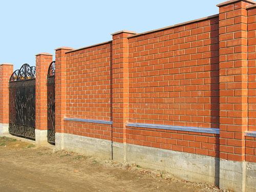 Как построить забор своими руками кирпичный фото 976